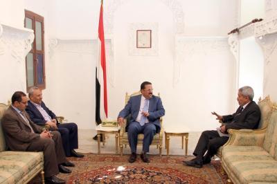 د.لبوزة يلتقي نائب رئيس الوزراء للشئون الاقتصادية ووزير التعليم العالي