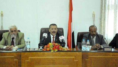 وزير الخارجية يؤكد دعم المجلس السياسي وحكومة الإنقاذ لكافة جهود السلام المشرف