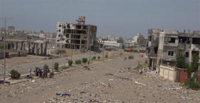 قوى العدوان تجدد قصف الأحياء السكنية بالحديدة