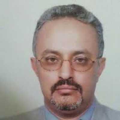 الشيخ جابر يعزي القيادي أحمد العشاري بوفاة شقيقه