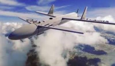 سلاح الجو اليمني يستهدف مطار أبها الدولي