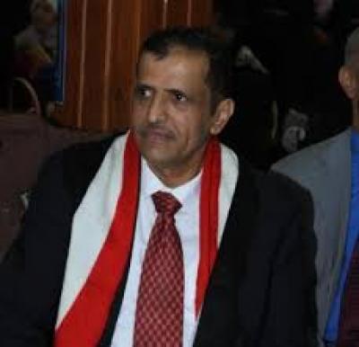 أمين عام المؤتمر يعزي بوفاة الحاج عبدالله أحمد الكميم